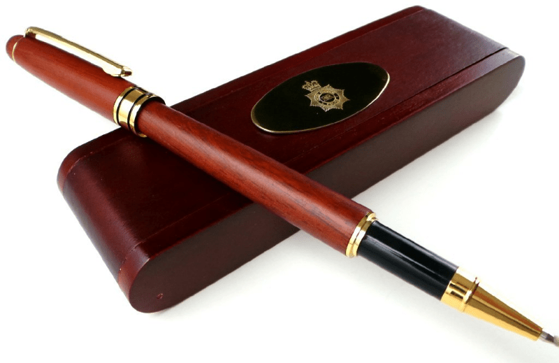 police-gold-pen-wood-set1